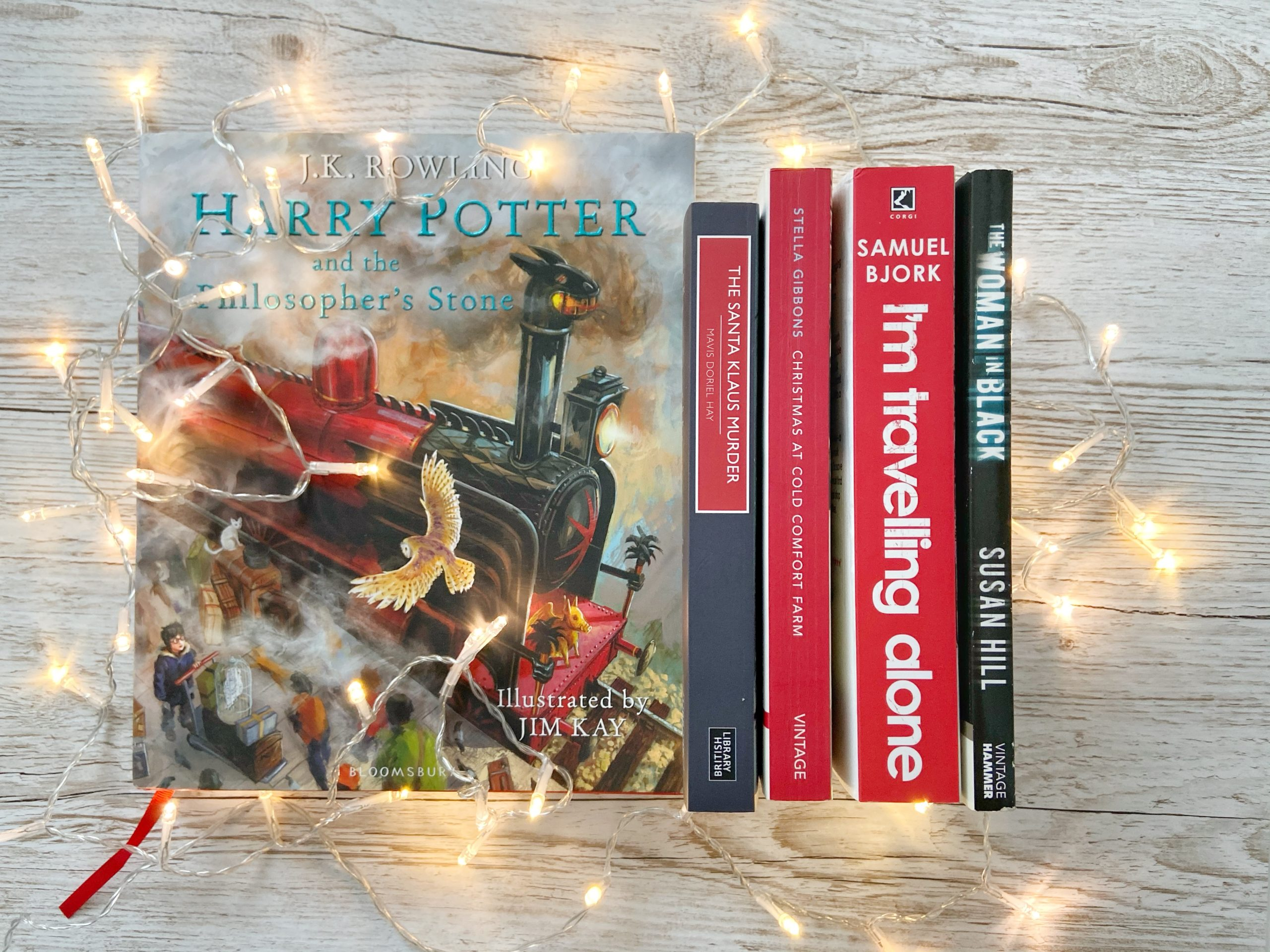 Blogmas day 1:  5 books I'll be reading this festive season